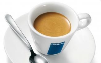 Espresso Lavazza cu lapte